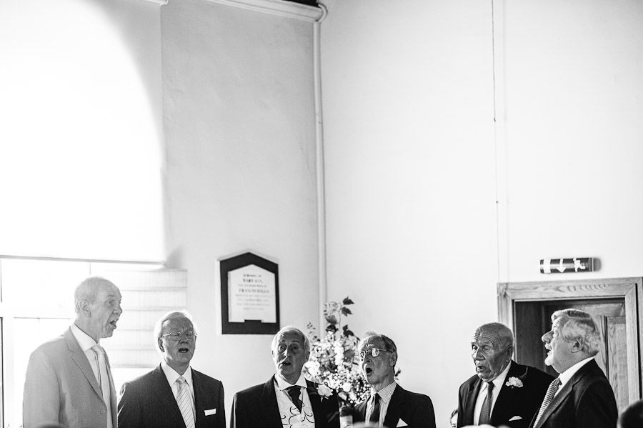 Tyrrells Country Inn Dorset Wedding Photographer 3