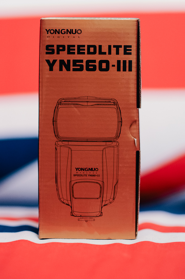 yongnuo yn560-III flash review box