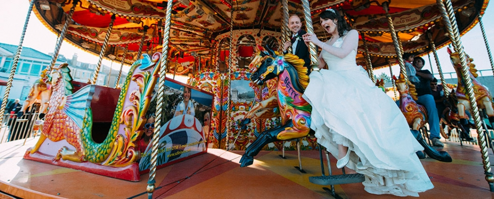 dorset-wedding-photographer-bournemouth-merry-go-round-wedding