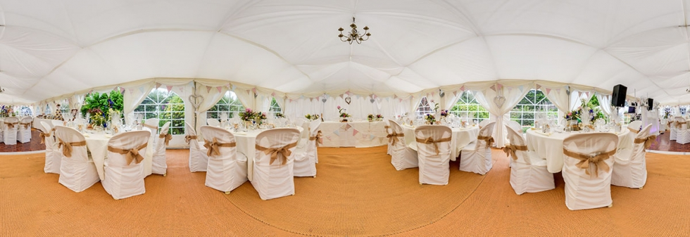 Garden-Marquee-Wedding-Photography-AmyJames_web