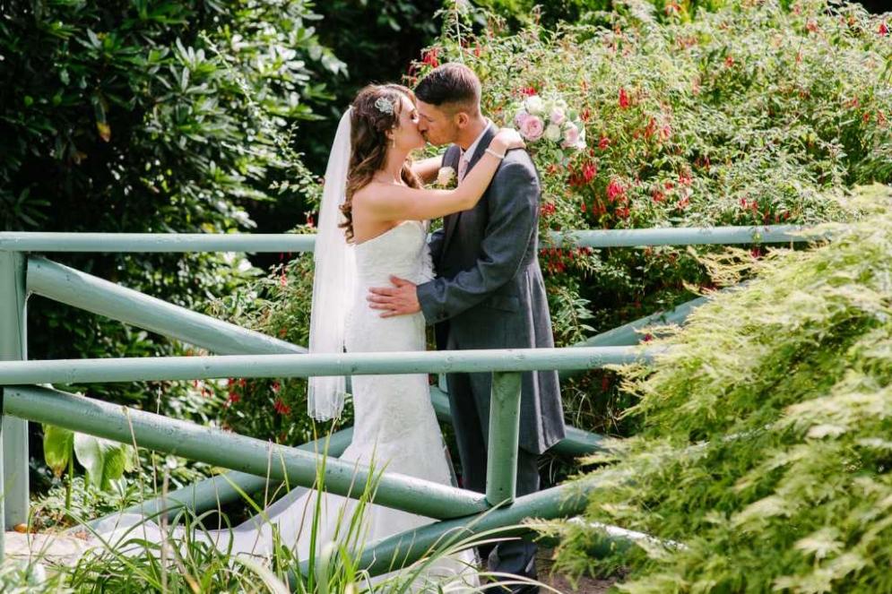 italian-villa-wedding-photographer-kev-lauren-1-2
