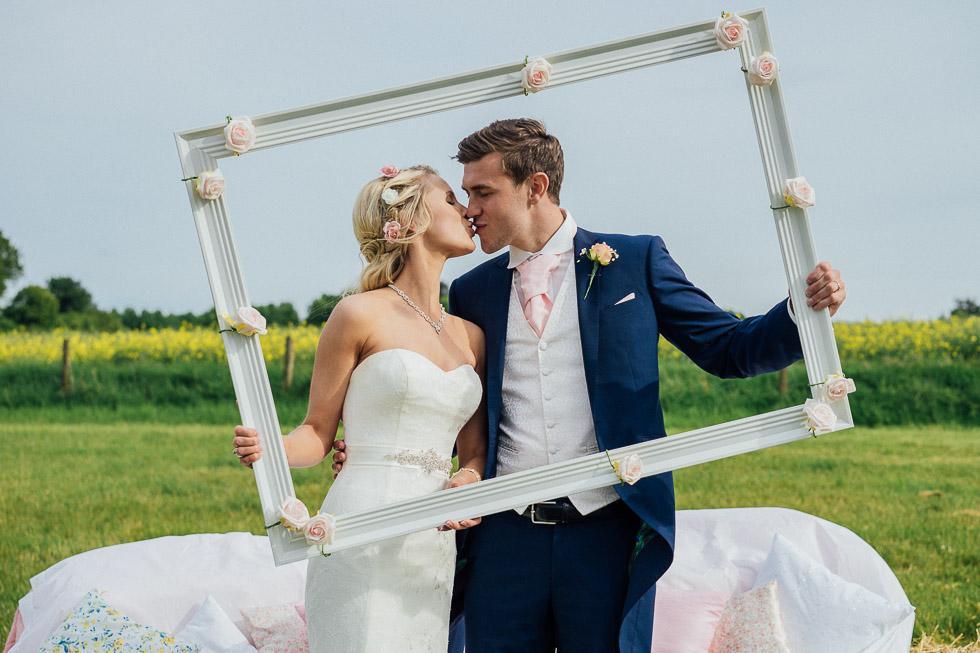 winchester-wedding-bride-and-groom-portrait