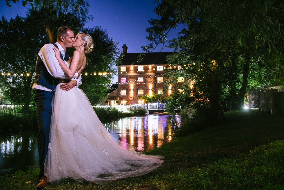 sopley-mill-wedding-photogrpahy-by-river-in-dorset-at-night